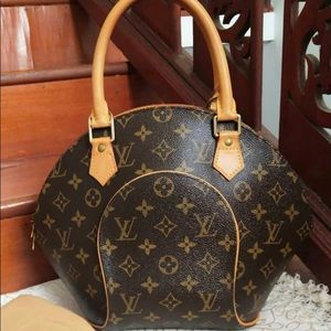 Louis Vuitton eclipse pm